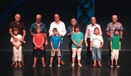 Omenduak: I. Etxezarreta, J.L. Sukia, F. Babaze, A. Mendia, I. Zubeldia, I. Arregi